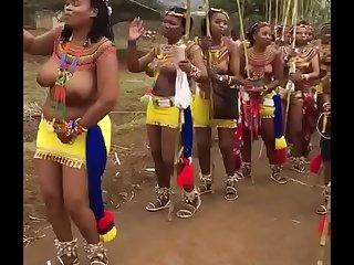 Jangle women sing song